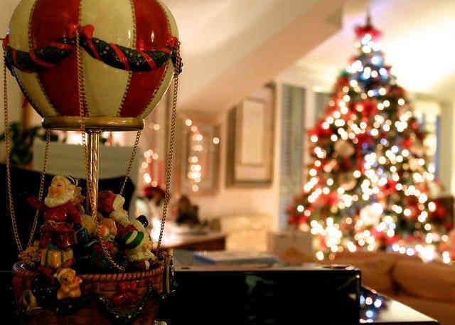 定番の明るい邦楽クリスマスソング!動画やパーティに使う曲・歌