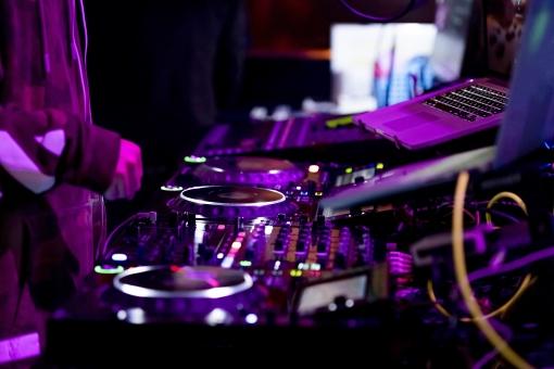 Mixcloudがライブ配信サービス「Mixcloud Live」を発表、著作権問題もクリアへ